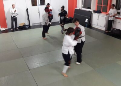 students sparring whilch Sifu Nic times them with stopwatch
